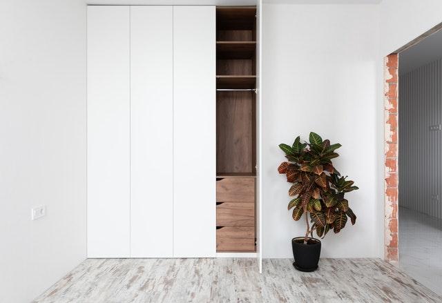 Ložnice, která snoubí praktičnost a eleganci