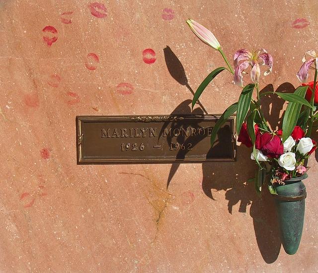 hrob M. monroe