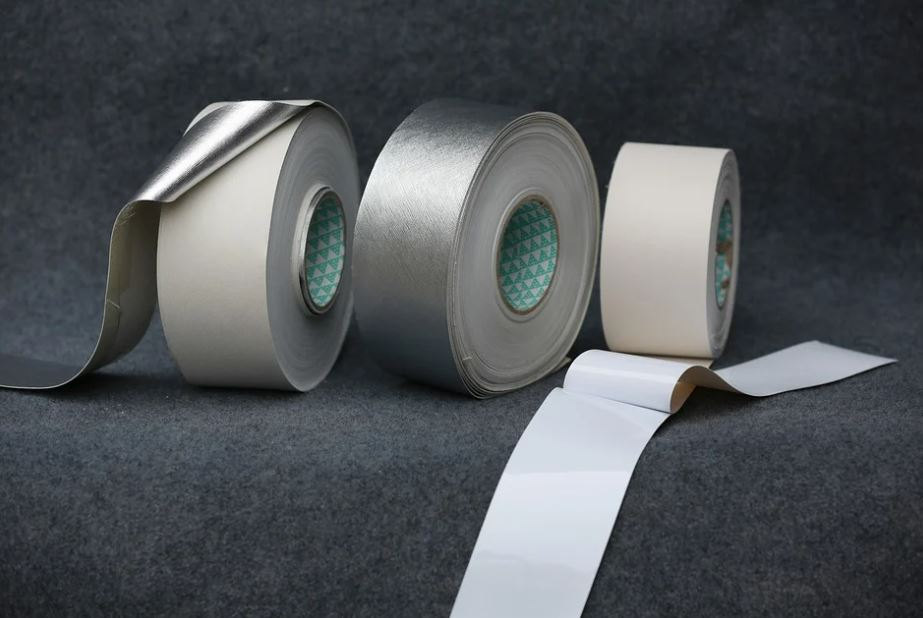 lepicí pásky