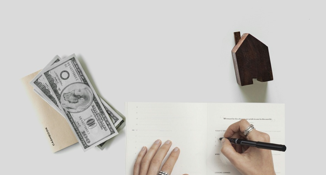 peníze na dům